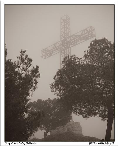 cruz religión unamuno niebla neblina